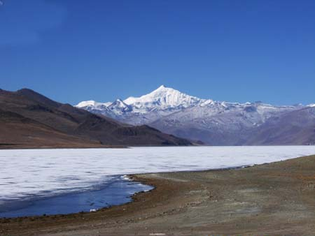 Area of lakes expanding in Qinghai-Tibet plateau