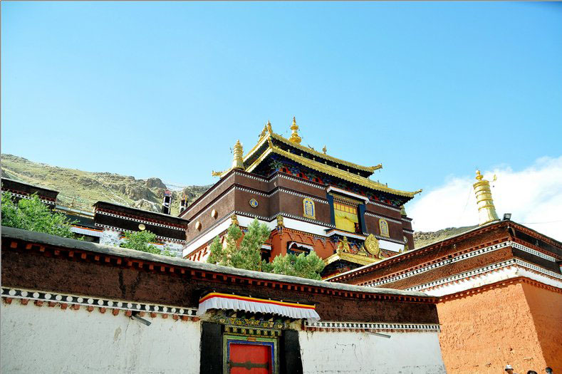 tibet tours, lhasa sightseeing, travel to Tibet, gyantse, Shigatse, Everest Base Camp, drepung monastery, yamdrok lake,tashilunpo monastery,