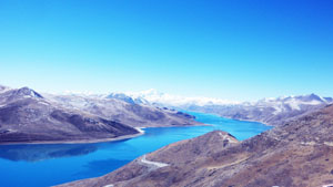 yamdrok lake, holy lake, namtso lake, gyantse, lhasa to shig