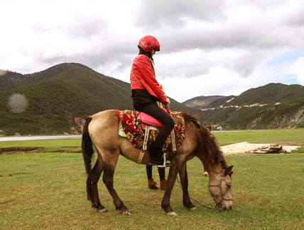 5 Days Dechen Valley Horse Riding Tour