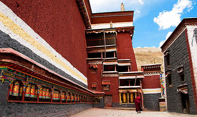 Sakya monastery, shigatse, tibet private tour, everest base camp