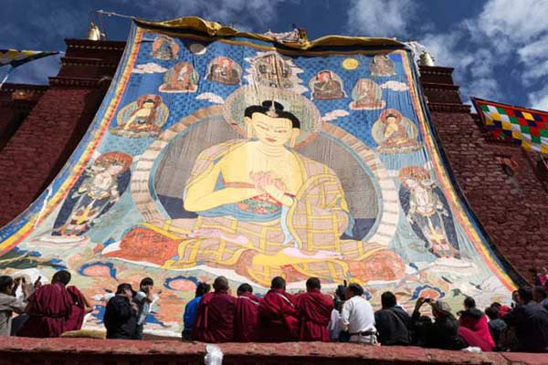 Buddha display ceremony at Ganden Monastery